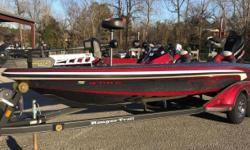 2011 Ranger Z521 Comanche, THIS IS A ONE OWNER VERY NICE USED 2011 RANGER Z521 COMANCHE. THIS BOAT IS IN VERY GOOD CONDITION. IT HAS THE FOLLOWING OPTIONS: ATLAS HYDRAULIC JACK PLATE, 2 10' BLADE POWER POLES, CUSTOM RANGER COVER, HOT FOOT THROTTLE, ULTREX