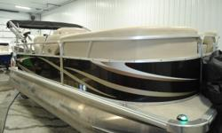 2012 Sunchaser 25 hp Mercury 4-stroke. 18' cruise model. No trailer but, will deliver within in reason.