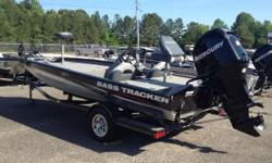 CONSIGNMENT TRACKER PRO TEAM 190TX THIS IS A CONSIGNMENT 2011 TRACKER PRO TEAM 190TX. THIS BOAT COMES WITH A MERCURY 90HP 4-STROKE ENGINE AND TRAILER. IT ALSO HAS A MOTORGUIDE TROLLING MOTOR AND LOWRANCE DEPTHFINDER. BOAT IS IN VERY GOOD CONDITION. CALL