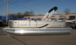2012 South Bay 522 SL ¢5 Year Stem To Stern Warranty ¢Limited Lifetime Chassis Warranty ¢Limited Lifetime Deck Component Warranty ¢Continuous Riser ¢Full Length Protective Bottom Keel ¢3.5 PSI Air Pressurized & Chambered Pontoons ¢16h on Center Cross