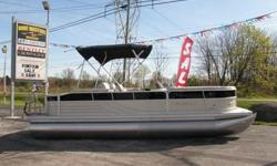 2012 South Bay 522sl Fish, cruise or pull your favorite water toy. The versatile 500 Series is loaded with features and is a great value. - New 2012 South Bay 522SL Pontoon boat. Category: Powerboats Water Capacity: 0 gal Type:  Holding Tank Details: