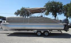 2012 Bennington 2575RCW, Options Included; Cover, R Series , Yamaha F225XADS, Trailer is not included, One of the cleanest Pre-Enjoyed Pontoons On The Lake; Come see this beautiful Bennington TODAY and PUT A DEPOSIT! Nominal Length: 27' Stock number: