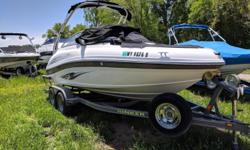 2012 MERCRUISER 5.0L 260HP2012 HERITAGE TANDEM AXLE TRAILER Engine(s): Fuel Type: Gas Engine Type: Stern Drive - I/O Quantity: 1