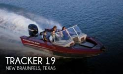 Actual Location: New Braunfels, TX - Stock #100031 - 4 stroke Mercury!! Includes Trailer!!This is a 1 owner boat, lack of use forces sale.The Tracker Targa V-18 walk through model is top of the line in every detail. The sleek, fast, great-looking