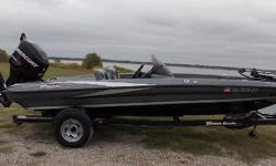 2012 Triton 18 Explorer SC, beautiful charcoal/silver metallic with black hull, MGuide Tour 75lb 24V digital, HBird 586 HD Sonar bow, HB 597c HD GPS down scan on dash, dual PPole 8 Pro Series, keel guard, spare tire. Excellent carpet and upholstery