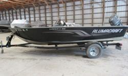 2013 Alumacraft Lunker II CS The Lunker II, 2013 edition is a fisherman's dream boat, including a side console for easy movement throughout the boat, storage compartments, and a sturdy, aluminum body. ? Minn Kota Trolling Motor (55 PD, 12 Volt) ?