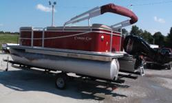 INCLUDES A MIL-MR60 RADIO WITH USB HOOKUP! MOTOR ONLY HAS28.1 HOURS!! FACTORY WARRANTY EXPIRES 8/3/2016 GOLD WARRANTY EXPIRES 8/3/2018!   Seabreeze: Be prepared for a day of pontoon fun on the water. Expect all your family and
