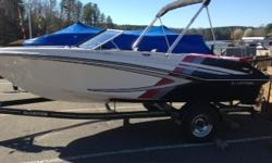 Mercruiser 3.0 MPI inboard/outboard great looking boat and easy on the gas Beam: 7 ft. 5 in.