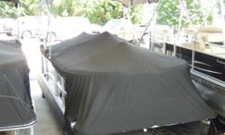 BROKERAGE BOAT Engine(s): Fuel Type: Gas Engine Type: Outboard Quantity: 1 Beam: 8 ft. 6 in.