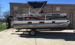 2013 TRACKER 18 FISHING BUGGY W/60 MERCURY 4-STROKE W/30 HOURS, HUMMINBIRD LCR, DOCING LIGHTS, VINEL FLOOR, BINNI TOP, CUSTOM TRACKER SNAP ON COVER, DRIVE ON TRAILER, MINT CONDITION, CALL DOUG @ 214-803-7990 Beam: 8 ft. 6 in. Stock number: 4636