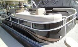 Deal pending!2013 Sweetwater SW1880C3 18ft. pontoon with Yamaha four stroke 40hp EFI. Package includes snap-on cover, suntop,Sony CD stereo with two speakers and MP3, table, movable cupholders, and docking lights. Price includes freight and water ready