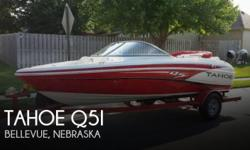 Actual Location: Bellevue, NE - Stock #085635 - If you are in the market for a bowrider boat, look no further than this 2013 Tahoe Q5i, just reduced to $27,000.This boat is located in Bellevue, Nebraska and is in great condition. She is also equipped with