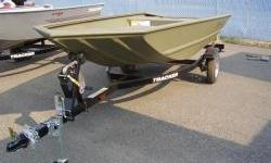 The all-welded TRACKER GRIZZLY 1448 AWL is perfect for outdoorsmen who want a rugged, no-frills Jon boat that can fish and hunt. Its 19 in. (48.26 cm) all-aluminum transom is designed to accommodate a long-shaft tiller engine for easy control. This also