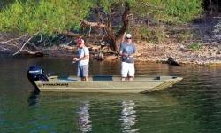 The TRACKER® GRIZZLY® 1648 AWL Jon boat can be paired with up to a 50 horsepower tiller outboard and holds up to four people to give you plenty of power and room to take your buddies and their gear on that next fishing or hunting trip. Plus, with an