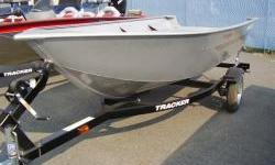 The TRACKER Guide V-14 provides boaters with a lightweight, yet extremely durable, utility boat. It is constructed using with a one-piece welded aluminum hull. This means that you can take it out for years of work or fishing without fear of a few bumps