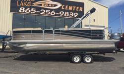 Since its inception in 2009, Berkshire pontoons have been an expression of Forest River Marine?s wealth of design, engineering and manufacturing expertise. Berkshire offers more power, more comfort, more eye appeal and more choices for the discriminating