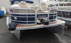 2014 Excursion 23 F, Four Point Fish,50Hp Mercury Bigfoot Only 90 Hours!!!Upgraded Captains chairs for fishing seatsLivewell / Fish FInderAquatread vinyl flooringTrolling motorPower AnchorBattery ChargersFinancing Available Engine(s): Fuel Type: Gas