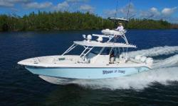 The 355ccx is definitely the kind of boat that attracts attention. A main reason for this trait is her beefy tuna tower, an option that dominates the boat's profile like the rack on a 12-point buck. A tower on a boat this size may be considered