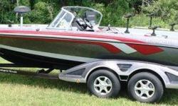 2014 Ranger 620VS Fisherman Walk Thru Evinrude 250hp H.O. ETEC ?G2?, Custom Tandem Axle Bunk Trailer, Brakes, Spare Tire, Swing Tongue, Fiberglass Fenders, Ratchet Tie Downs, HumminBird 1199SI & HummiBird 999SI @ Console, HumminBird 958 @ Bow, MinnKota