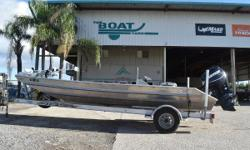 LOW HOURS 2014 Roberts 2060 SC Stock: 8416 2014 Robert Hull 2060 SC 2013 Evinrude E-Tec 115 (50 hours!) 2014 Sport Trail Single Axel Aluminum Trailer *****EXCELLENT FINANCING AVAILABLE!***** Owner needs boat sold, aluminum constructed hull powered with a