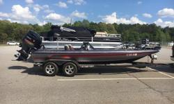 REDUCED PRICE 2014 Skeeter ZX 20 JUST TRADED IN!! Features Include: HDS 9 at Bow and Console 200 Hours on Engine New Trailer Tires Engine warranty through March 2020 An aggressive stance with increased horsepower to back it up makes the ZX20 an