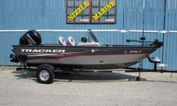 2014 Tracker® Boats Guide Pro Guide V-16 SC Mercury 75 HP 4 Stroke EFI*Humminbird 698 CI / HD Sonar GPS fishfinder*Minn Kota 42 lb thrust 12V trolling motor*Bow 23 gal. livewell/aerated, timed, recirculating,