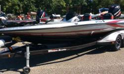 CONSIGNMENT 2014 21TRX THIS IS A 2014 TRITON 21TRX WITH A MERCURY 250 PRO XS. THIS BOAT IS A ONE OWNER WITH 79 HOURS ON THE ENGINE. THE BOAT IS IN EXCELLENT CONDITION. IT IS THE BASS MASTER CLASSIC LIMITED EDITION MODEL. THIS BOAT COMES WITH THE THE ELITE