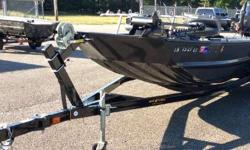 USED 2014 WAR EAGLE 860 LDSV THIS IS A ONE OWNER, LOW HOUR, VERY CLEAN, USED WAR EAGLE 860 LDSV. INCLUDES TRAILER AND YAMAHA 70HP 4-STROKE ENGINE. ENGINE HAS WARRANTY UNTIL 12/10/2016. BOAT FEATURES OPEN FLOOR PLAN WITH LOW FRONT DECK. IT COMES WITH A
