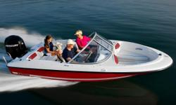 Many paths lead to happiness, but only the 160 escorts you there in style and comfort for such an impressive value. Towing the 160 is a breeze, as is operation and upkeep. Abundant storage, a spacious cockpit and remarkable performance make it a hit with