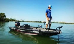 2015 Crestliner VT 19 2015 Crestliner VT19 Pro Edition 2015 Mercury 115hp ELPTO OptiMax 21 foot long Karavan trailer with custom wheels and folding tongue Boat has upgrades with the Lowrance HDS-7 Gen 3 on the console Lowrance Elite 7 on the bow and the