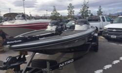 2015 Nitro Z8DC with 250L ProXS Mercury motor and trailer Nominal Length: 20' Length Overall: 20' Beam: 8 ft. 1 in. Stock number: 861551