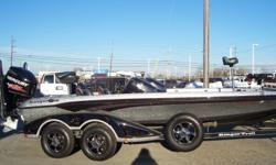 2015 Ranger Z520C, STK# U29 SILVER/BLACK/ORANGE PINS, POWERED BY MERCURY 250 PRO XS WITH PLATINUM WARRANTY UNTIL 03/02/2020, LOWRANCE HDS 12 CONSOLE& BOW, MINNKOTA FORTREX 112, COVER, HAMBY, RIDGED LIGHT PACK, BLUE WATER TRAILER LIGHTS, 4 BANK CHARGER,
