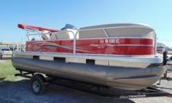 NICE USED 2015 SUN TACKER PARTY BARGE 18 DLX WITH 60 MERCURY MOTOR AND TRAILER Nominal Length: 18'