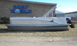 2016 Avalon Catalina 2385CR & 40HP Mercury 4-Stroke EFI Command Thrust! Motor Runs Great, This Premium Avalon Pontoon Features, Vinyl Flooring Throughout The Pontoon, Front Lounge/Bench Seating With Storage, Wrap Around Bench Seating, Sun Deck With