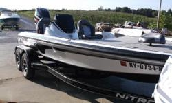 MOTOR IS MERCURY 250 PRO XS, INCLUDES LOWRANCE HDS12 GEN 3 DEPTH FINDER, HOT FOOT & TRIM, 10IN HYDRAULIC PLATE, SPARE TIRE, RATCHET TIE DOWNS, MOTORGUIDE TOUR 36V TROLLING MOTOR!    WARRANTY UNTIL 1/21/21!        If you