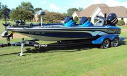 """2016 Nitro Z21 new in April, Mercury 250 Pro XS, Motorguide X5 36V with 50"""" shaft, 4 bank charger, keelguard, oxygenators, VT-2 livewell vents, stereo, removeable passenger console, hot foot, pro trim, Humminbird Helix 10di and Humminbird Helix 10 si on"""