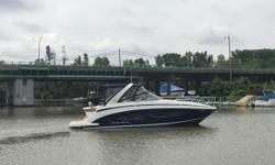 Take back your weekend with the 32 Express and open your boating lifestyle to new possibilities! Comfortable cockpit is made to entertain with a large swim platform, convertible seating, and wet bar. The cabin is even more comfortable with a small galley,