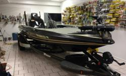 Its a 2016 21TRX Bassmaster Classic Edition  with 2 HDS 12s a Stealth charging system 2 8 power poles hydraulic jack plate, T&H pro air.  Nominal Length: 21' Length Overall: 21' Engine(s): Fuel Type: Other Engine Type: Outboard Beam: 7 ft. 11