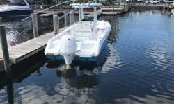 2017 23 Everglades is perfect family fishing boat, equipped with Simrad autopilot and radar, Evo 2 screen, 6 JLU speakers, carbon fiber riggers, and 350 hours ( 300 hour service completed) on Yamaha 300 with warranty until 2023. Super Clean boat! Stored