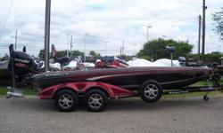 2017 Ranger Z520C, STK# 50 ALL AMERICAN COLOR PACKAGE, POWERED BY MERCURY 250 PRO XS WITH WARRANTY UNTIL 06/15/2021, LOWRANCE HDS 12 CONSOLE (STRUCTURE SCAN), LOWRANCE HDS 9 BOW, MOTORGUIDE X5 DIGITAL 105 LBS/36V, COVER, 4 BANK CHARGER, 2 BLADE POWER