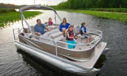 Dont miss out on any fun and excitement during your boating season with the 1880C. This boatis equipped with a swivel; slider; reclining; fold down arms captains chair, changing room, Bluetooth stereo &4 speakers, a playpen boat cover to keep