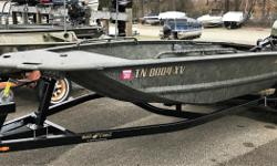 2017 War Eagle 750 Gladiator, USED 2017 WAR EAGLE 750 GLADIATOR BOAT WITH TRAILER AND EVINRUDE 40HP ENGINE. ONE OWNER BOAT THAT IS IN VERY GOOD CONDITION. INCLUDES A SST PROP, GUN BOX, DRINK/SHELL TRAY, CARGO RAILS, GRAB BAR(NOT PICTURED), GRAB HANDLES,
