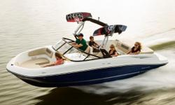 2018 Bayliner VR6 Bowrider Stock photo, actual color may differ BIGGER, ROOMIER, WITH ALL THE FEATURES IT TAKES TO SPOIL YOU A larger version of our new VR5, the VR6 is also all about space and unparalleled roominess. It combines Bayliners