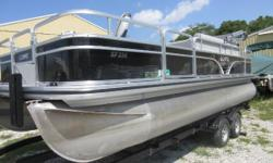 Price includes a Mercury 115ELPTEFI 4-stroke with factory warranty remaining, tandem axle trailer with brakes,Chrome Package,fullgray vinyl floor, livewell, rod box, ladder, stereo, Lowrance Hook 3X fish/depth finder, tilt
