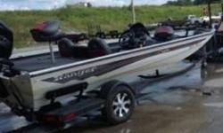 """DESCRIPTION: INCLUDESLivewell, tackle storage and three seat positions in front deck, Flush mounted remote throttle control,Minn Kota® Edge 45 45"""" trolling motor, Lowrance 7HDI, Wood-free, all-welded construction, Fiberglass console for"""