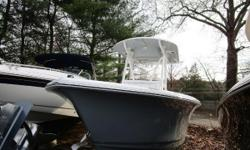 NEW INVENTORY 2018 Sea Hunt Ultra 211 This 2018 Sea Hunt 211 Ultra is in mint condition & is loaded w/ options, it has a Yamaha 150 w/ only 46 hours & warranty on it til 6/14/21! This boat comes w: Yamaha 150XB 4 stroke w/ only 46 hours & warranty on it