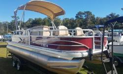Only 57 engine hours. Mercury warranty till April 2021. Includes Genuine Suntracker Mooring Cover. Nominal Length: 20' Length Overall: 21.9' Engine(s): Fuel Type: Other Engine Type: Outboard Beam: 8 ft. 6 in. Stock number: FL9505RN