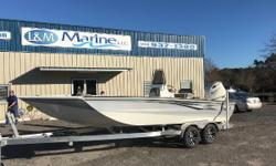 Financing Available!! Apply Online Today!!! CALL TODAY TO SAVE THOUSANDS!   Bay Pro 230 (wide, deep, tough and fast) Excel has bragging rights to this smooth running and fast Bay Pro 230. This boat is an elite bay boat platform with features and