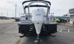 2019 SunCatcher Diamond Elite 326 SS Every facet of this new Diamond Elite SunCatcher 326 SS sparkles, on and off the water. In the bow, plush furniture, a pedestal table and under-deck storage for skis and water toys means the Diamond Elite 326 SS is