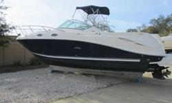 2006 Sea Ray 270 AMBERJACK GREAT BOAT WITH GEN & AC! Motivated Seller! This is a one owner boat and there are only 175 hours on the motor. It is loaded with Kohler 5kw Generator and 7000 BTU Air Conditioner, snap in carpeting, gunnel rod storage, and many